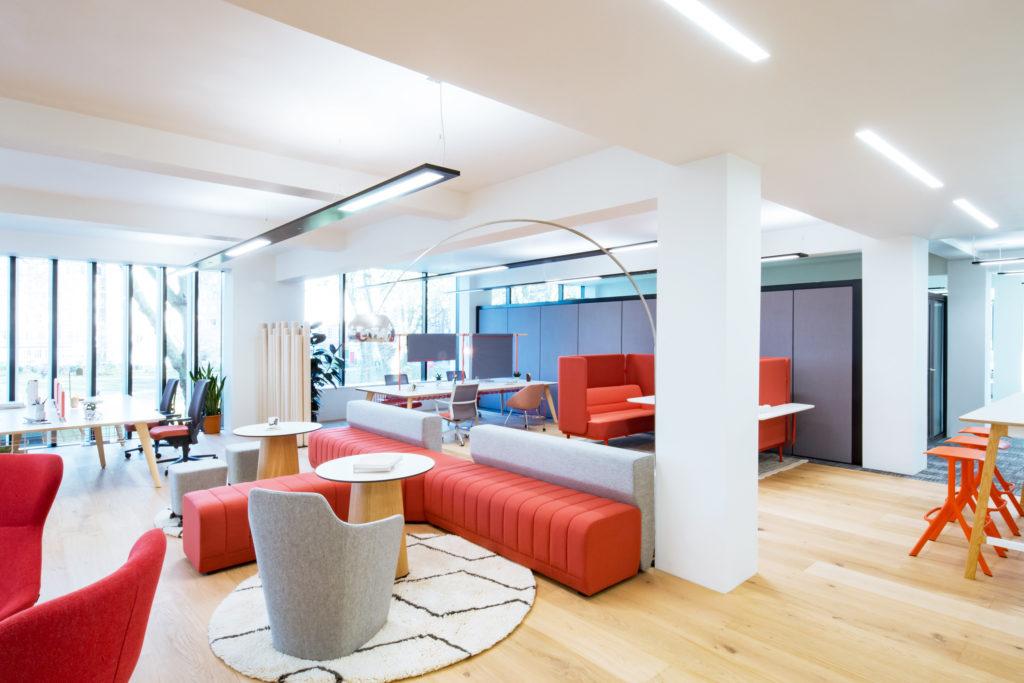 Wool seats office table